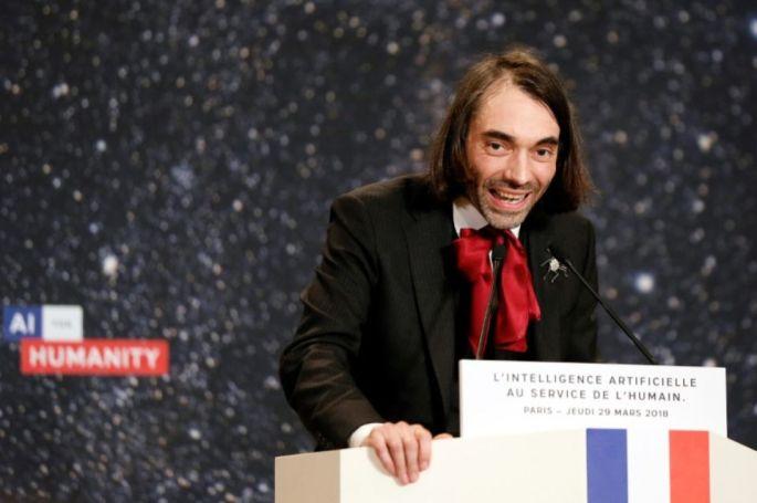 1109237-le-depute-lrem-cecric-villani-le-29-mars-2018-lors-d-une-discours-sur-l-intelligence-articifielle